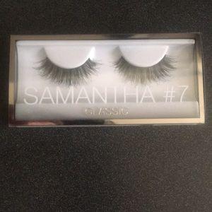 Huda Beauty Samantha #7 Classic Eyelashes 👁